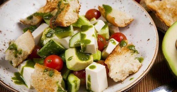 foto salat s avokado 6