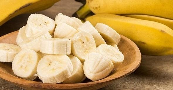 skolko belkov v banane